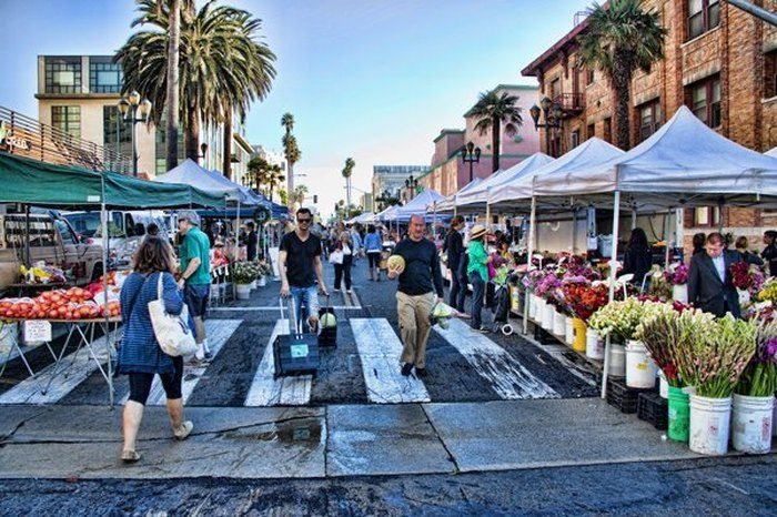 These 9 Incredible Farmers Markets In Southern California Are A Must Visit Santa Monica Farmers Market Los Angeles Farmers Market California Farmer