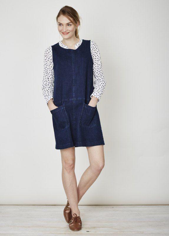Lichotivé,+komfortní,+moderní+a+snadno+se+nosí.+Tyto+šaty+z+organického+denimu+prostě+musíte+mít.