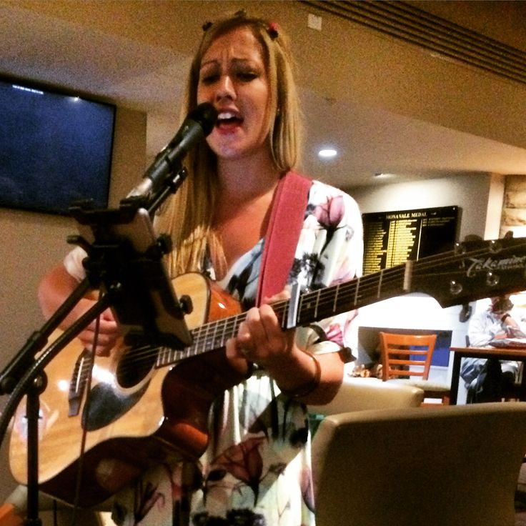 Cairyn Jay is the most popular choice of wedding entertainment and will make an ideal starting point for your big day! #wedding #singer #music