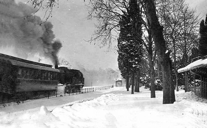 Erenköy tren istasyonu1929 kışı