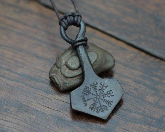 Vegvisir engraved Mjolnir pendant