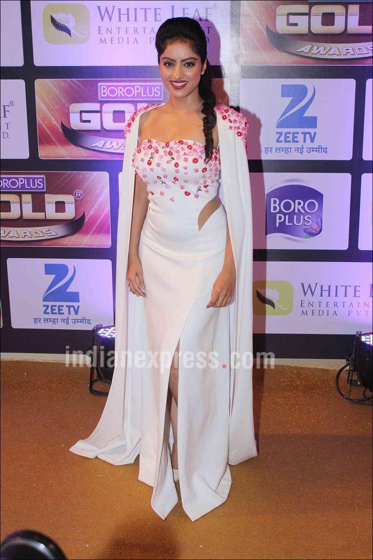 Deepika Singh of Diya Aur Bati Hum at Gold Awards 2016. #Bollywood #Fashion #Style #Beauty #Hot #Sexy