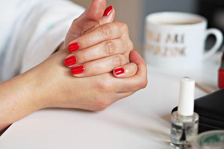 Udělejte si nehty jako ze salonu