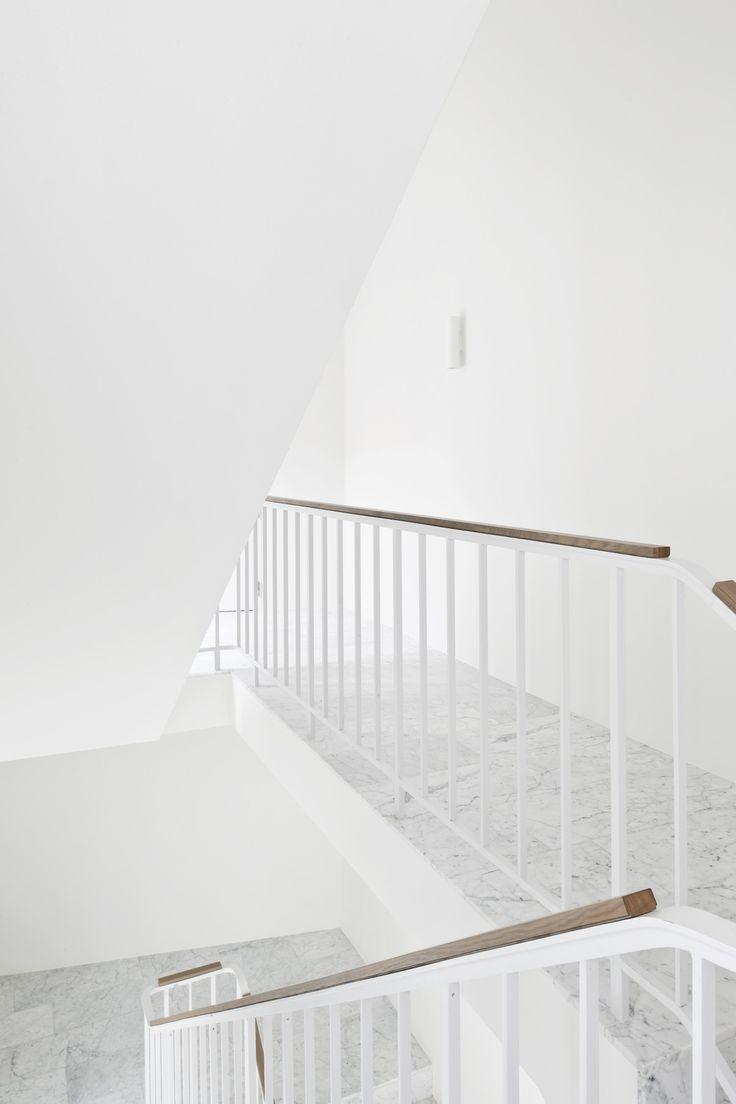 HANS VERSTUYFT ARCHITECTEN Projet : Dexia bank  --------------- PERSPECTIVE par Vanessa Millette