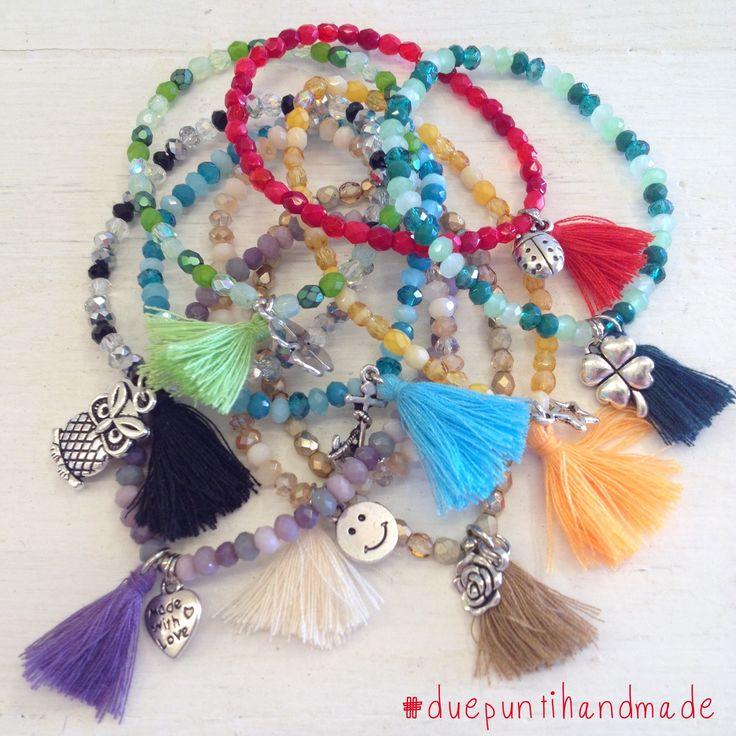 bracciali elastici con nappine per colorare la tua estate  #duepuntihandmade #bracelets #handmade #tassels #colors #summer