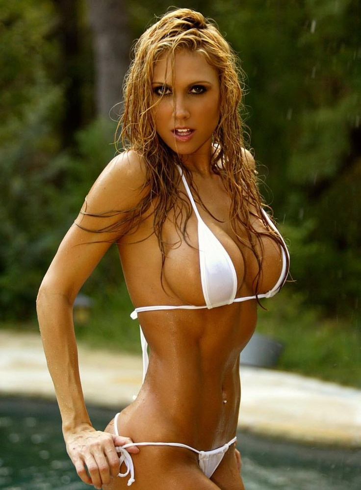 The Top 5 Most Inspirational And Sexiest Female Fitness