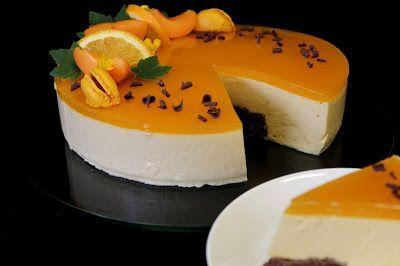 Kakkuviikarin vispailuja!: Aprikoosi-valkosuklaajuustokakku