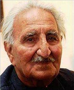 Poesía. Pakistán. Ghani Khan (Pashto: غني خان)  (1914–1996) was a Pashto language poet, artist, writer, politician and Philosopher of the 20th century.  https://en.wikipedia.org/wiki/Khan_Abdul_Ghani_Khan