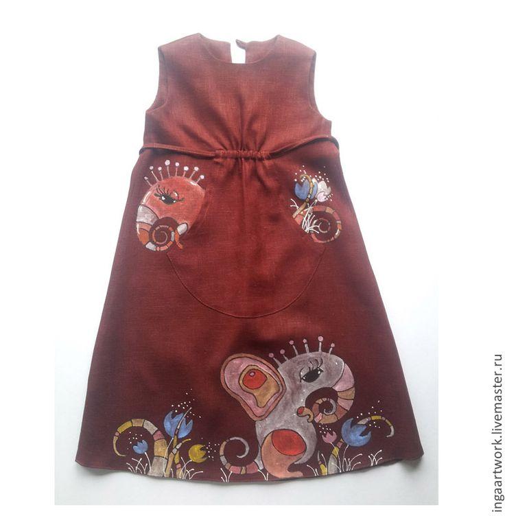 """Купить Льняное детское платье. """"Полянка Муми-Троллей"""" Ручная роспись. - бордовый, льняное платье"""