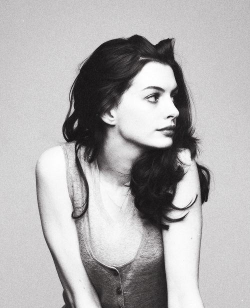 Anne Hathaway, totally one of my favorite actresses. She's so talented and amazing, love her:)