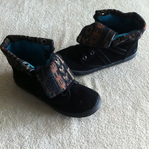 Blowfish Shoes Good condition. Make an offer and no trade. Blowfish Shoes