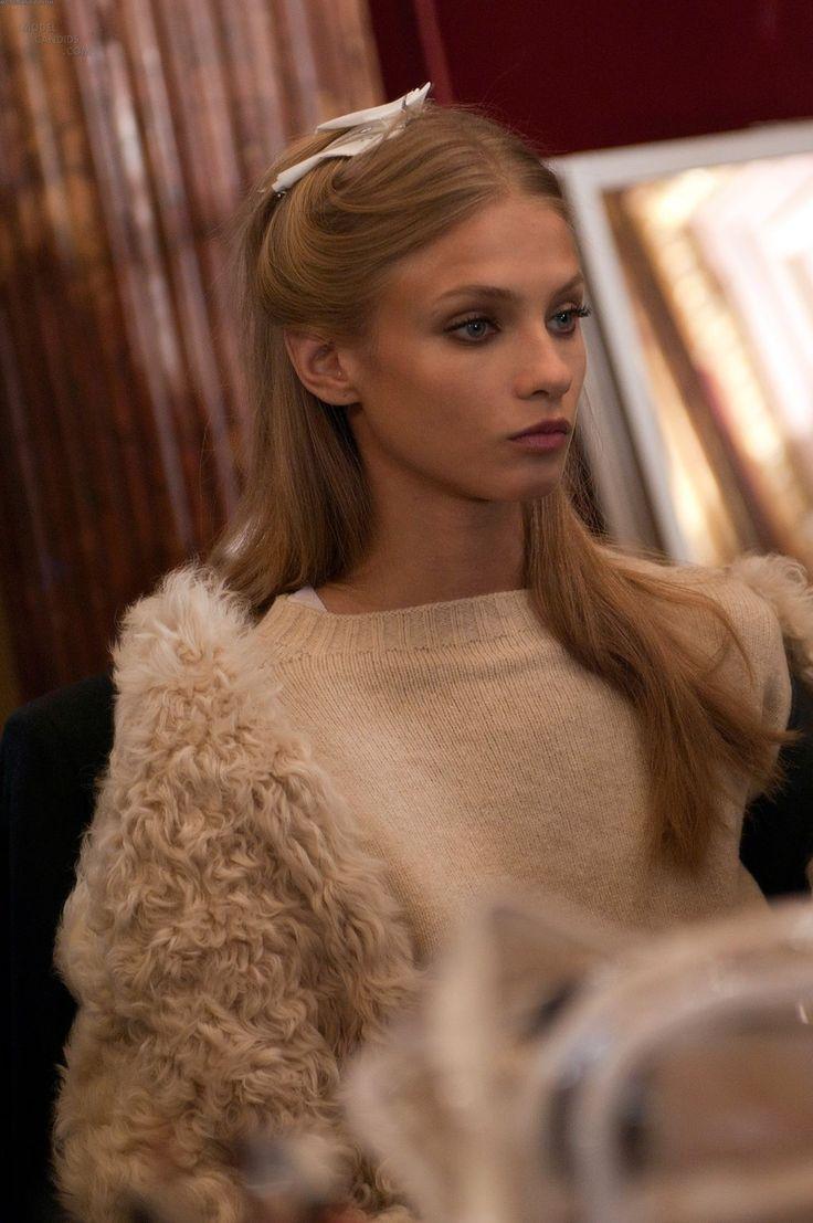: Fur Coats, Sweaters, Zuhair Murad, Hot Pin, Hair Style, Popular Pin, Give Selezneva, Fur Sleeve, Haute Couture