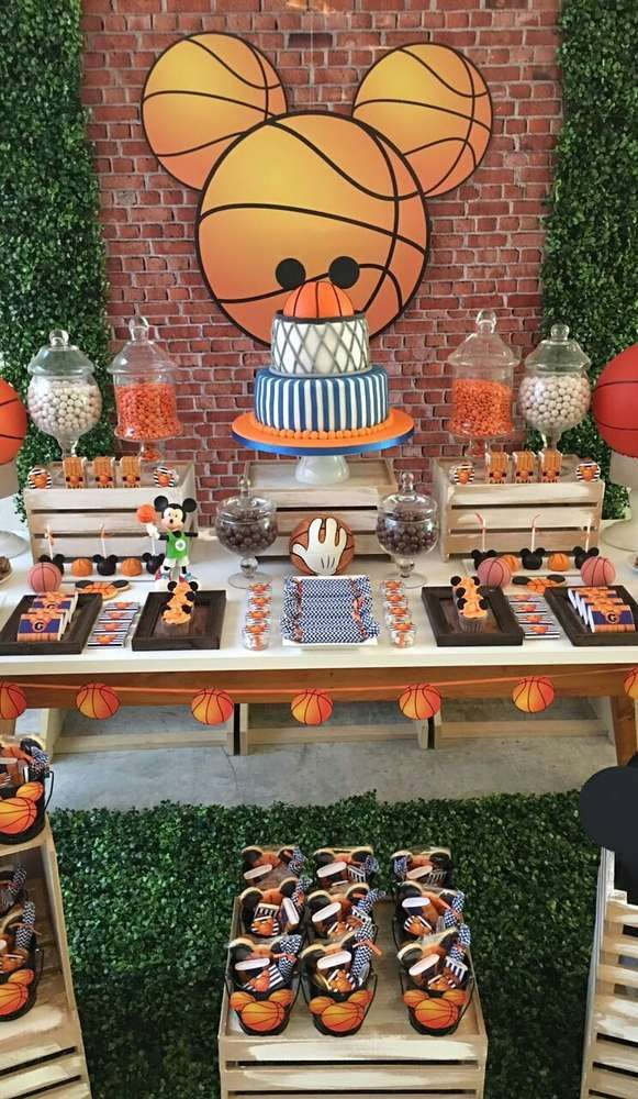 Mickey Mouse basketball birthday party! See more party ideas at CatchMyParty.com!