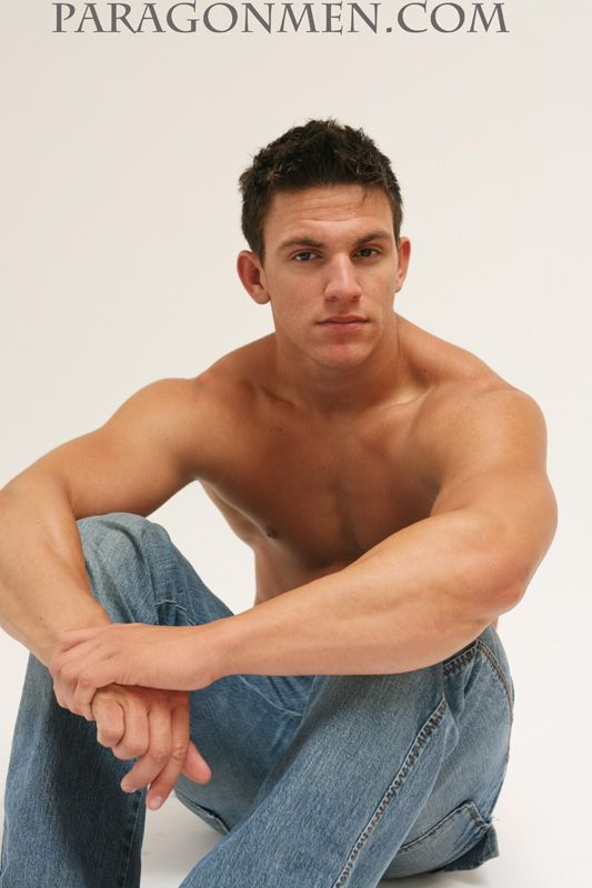 Man Crush of the Day: Model Ray Santiesteban | THE MAN