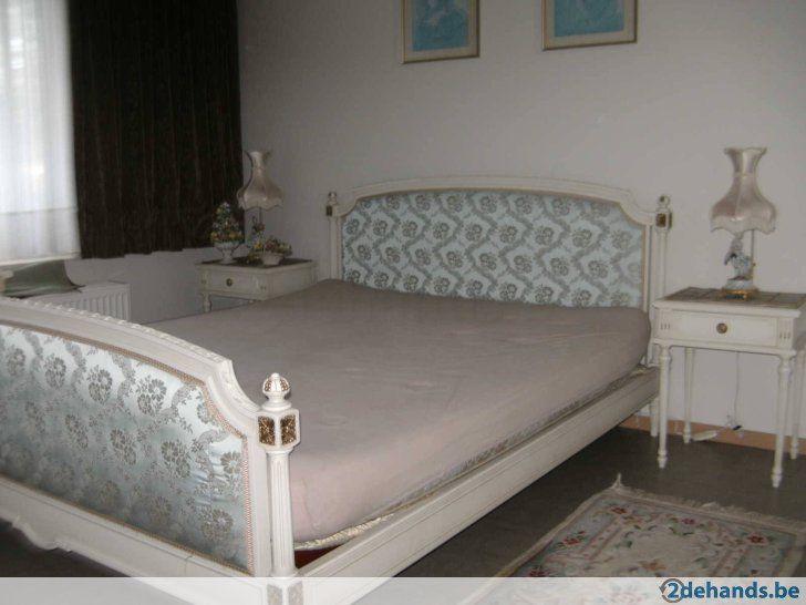 Barok slaapkamer met alle toebehoren in perfecte staat