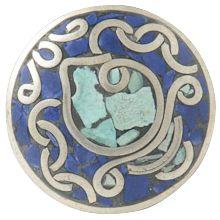 sankha - De sankha schelp van de overwinning is van grote betekenis in Oosterse culturen. Het blazen op deze schelp verdrijft negatieve energie en doet mensen ontwaken uit hun slaap van onwetendheid.