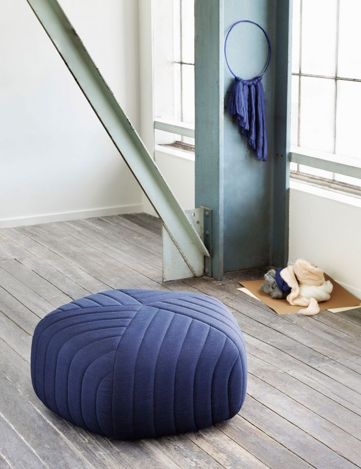 Muuto Five Pouf kann man bei http://www.flinders.de/muuto-design/ finden