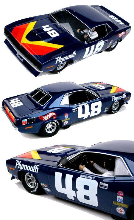 SCX 63580 1970 Barracuda TransAm car #48 1/32 Slot Car Racer