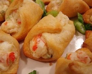 Crab & Cream Cheese Crescent Rolls…super easy appetizer!