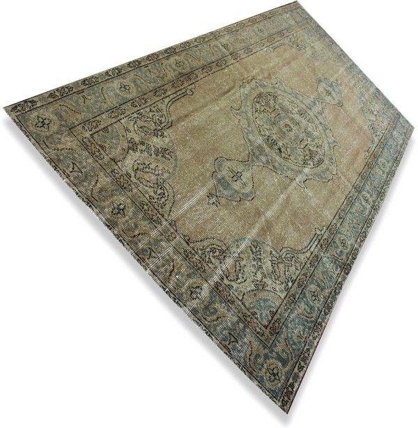 ( Olijfgroen ) Vintage recoloured karpet  (2.01 x 1.12 m) N°Q127