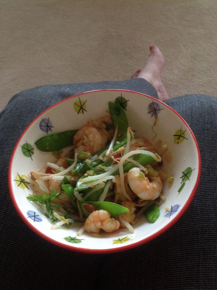 Garlic & Chilli prawn stir fry Step 2
