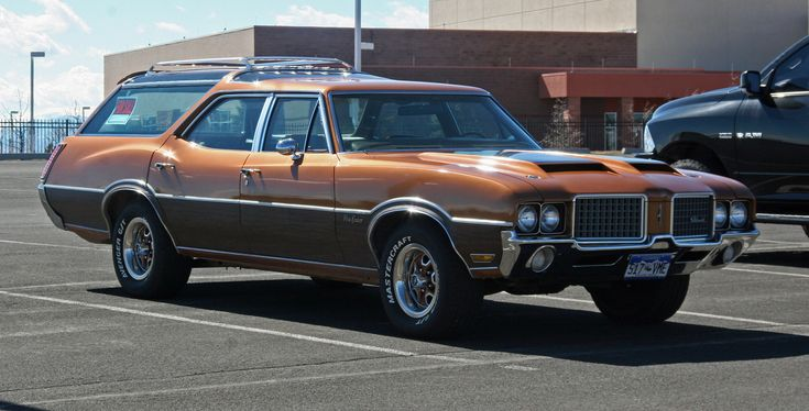 All sizes | 1972 Oldsmobile Vista Cruiser Station Wagon | Flickr - Photo Sharing!