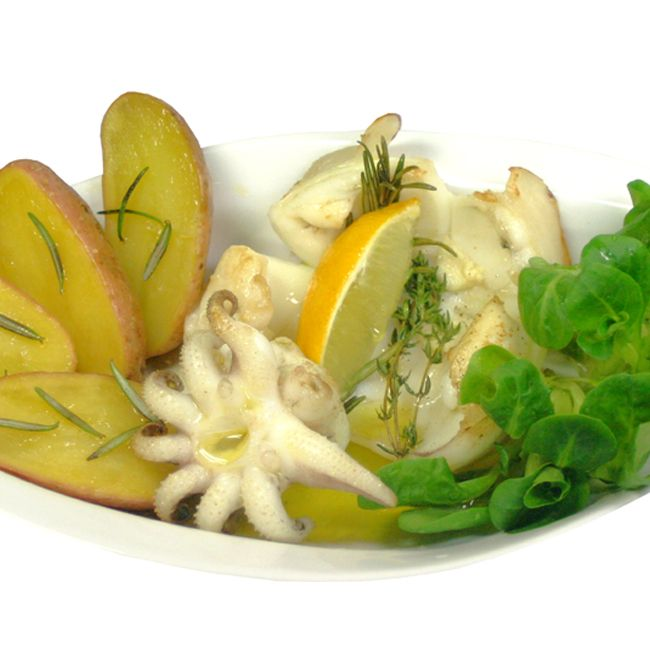 Tintenfisch gegrillt - Sepia alla griglia - Rezept   Sepia, also Tintenfisch schmeckt gegrillt mit mediterranen Kräutern im Sommer einfach lecker, ein leichtes sardisches Fischrezept für Grill und Pfanne.   #tintenfisch #sepia #fischrezept #sardinianfood #sardegnaintavola #sardinien #sardegna #sardinia