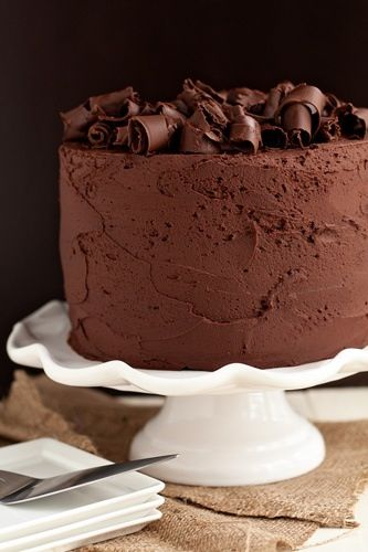 An absolutely amazing chocolate frosted, chocolate cake! :)  #Yummy
