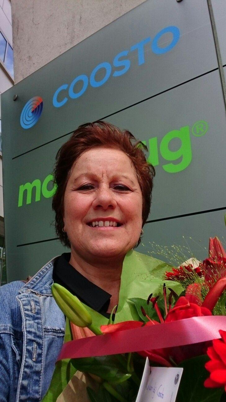 Jippie verwent met bloemen op 1ste werkdag Coosto