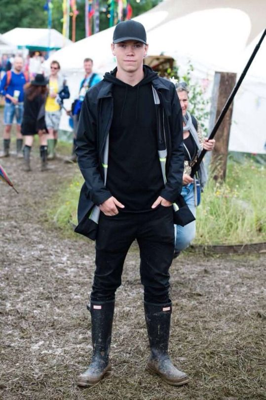Will Poulter in all black at Glastonbury 2016