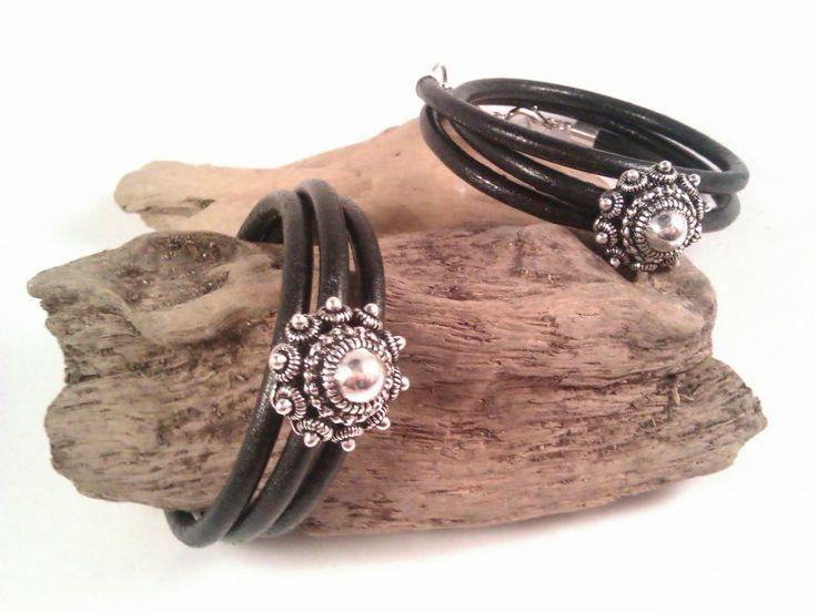 Leren zwarte band driedubbel met zeeuwse knoop | Zeeuwse knop /hollandse kralen en sieraden | BEADLE, Kralen & sieradenwinkel/ webshop