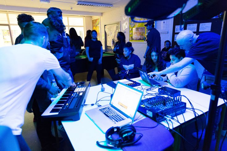 Darkstar on making music with a youth centre in Liverpool Last year, Warp duo Darkstar traveled to Liverpool to work with Trackbed, a project that teaches music production skills to young people in the commun... http://drwong.live/features/darkstar-on-making-music-with-a-youth-centre-in-liverpool/
