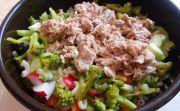 Víkendový brokolicovo-tuniakový šalát
