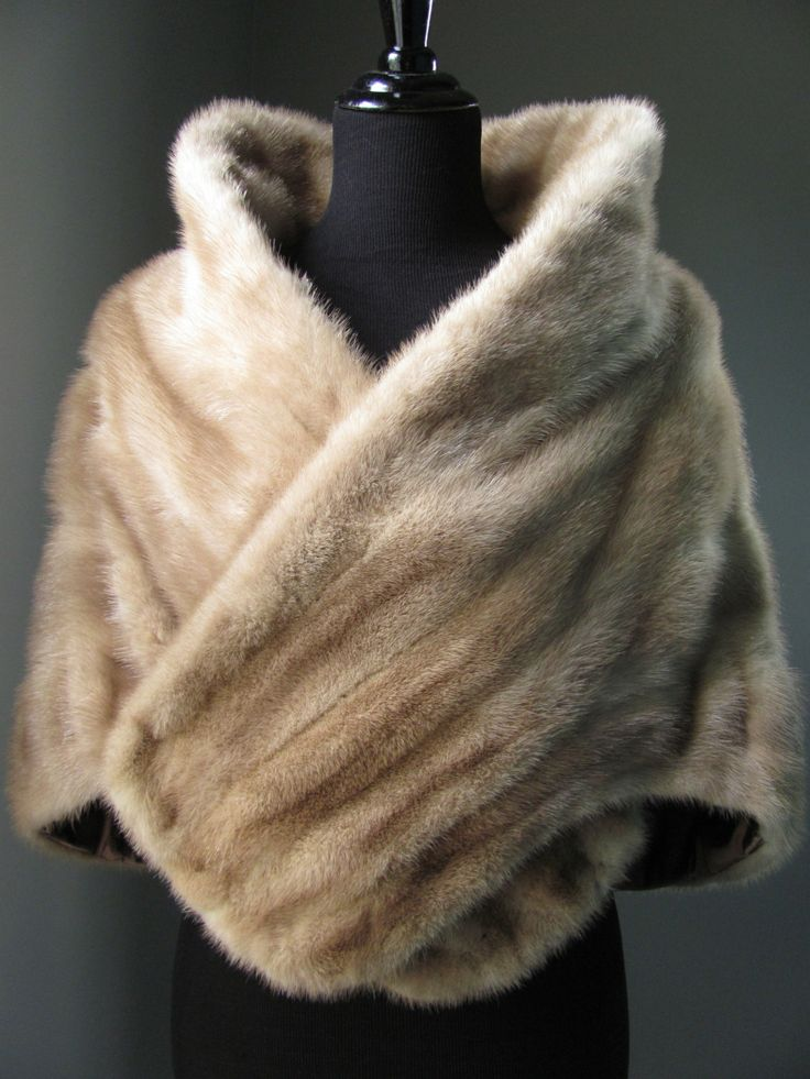 $670 - Ultimate Luxury Gift Or Wedding Bridal Accessories / Hollywood Autumn Sable Mink Fur Stole/ Holiday Christmas/ Vintage Shrug Wrap Cape Shawl