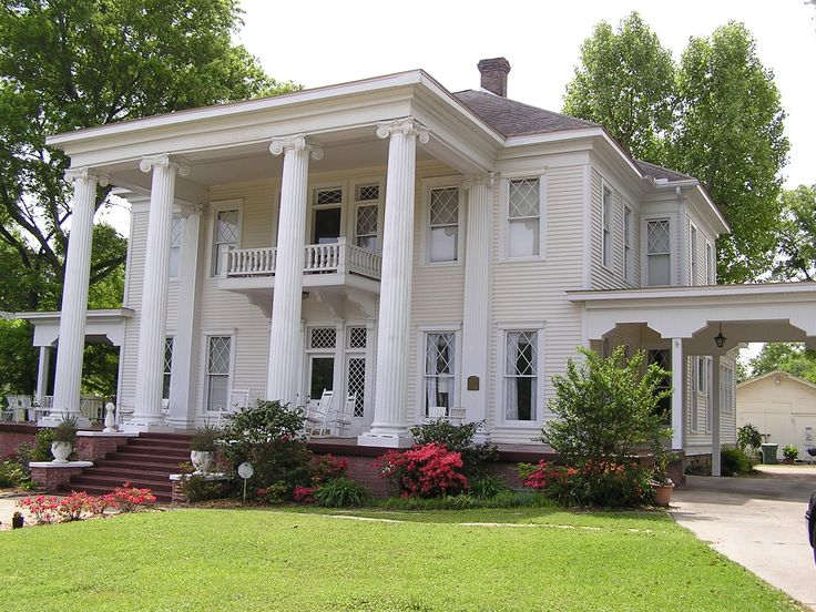 Love the southern charm but would need to move the garage for Southern estate homes