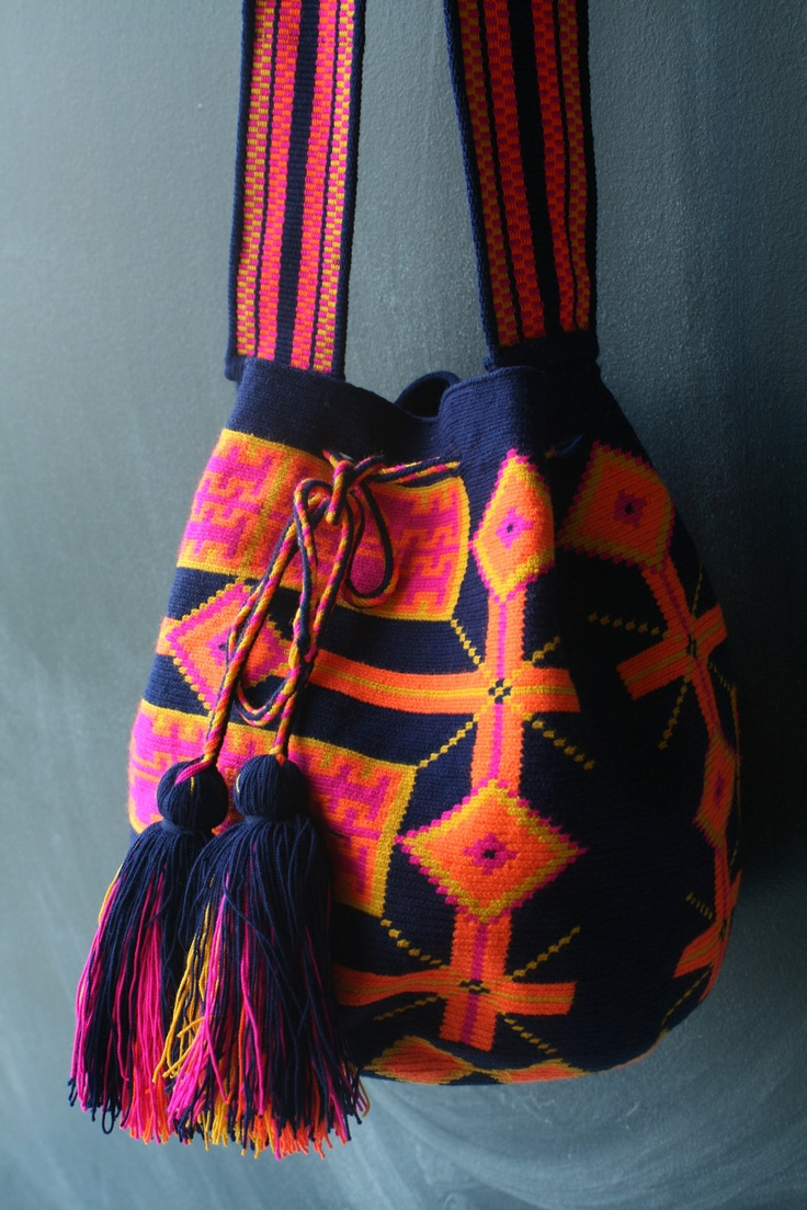 Mochila Wayuu - Navy, Hot Pink, Orange, Yellow multicolor.