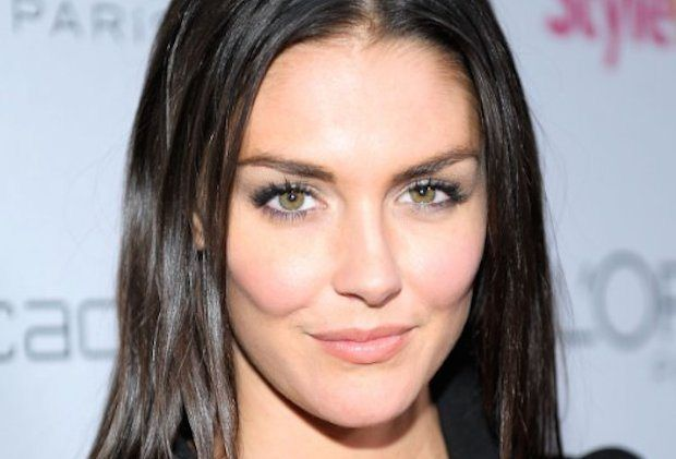 The Originals: Heroes Alum Taylor Cole Books Arc as Badass, In-Demand Vamp - http://www.hollywoodfame.com/the-originals-heroes-alum-taylor-cole-books-arc-as-badass-in-demand-vamp.html