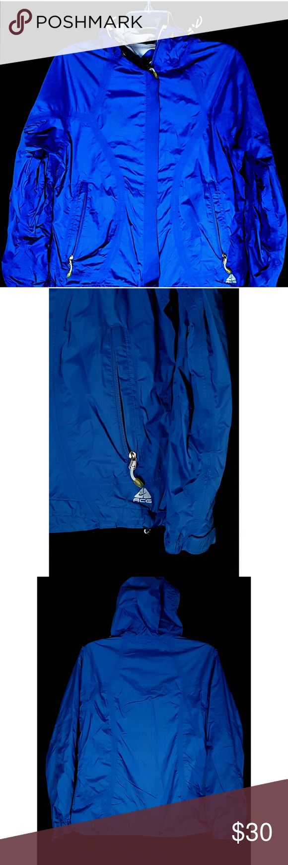 Nike ACG 3 Blue Lightweight Lined Track Jacket Nike ACG 3 Blue Lightweight Lined Track Jacket Size Large Measurements on Request Excellent Condition  Condition Rank 8/10 Pre Owned Clean  No snags rips or marks Thanks We Ship Fast Nike ACG Jackets & Coats