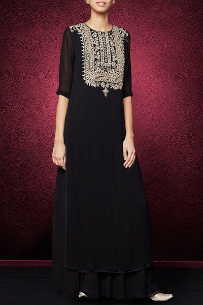 Black gota patti embroidered sharara set.  #carma #carmaindia #carmadesigners #designer #anitadongre #exclusive #backinstock #newstyles #luxury #musthaves #designerhouse #instadaily #dubai #fashiondaily #indianfashion #ethnic #luxury #shopnow #onlineshopping #diwali #festive #festivefashion #london #diwaliparty #seeitbuyitloveit #suit #black #shararaset #gottapatti #georgettesuits #designersharara #anitadongreonline