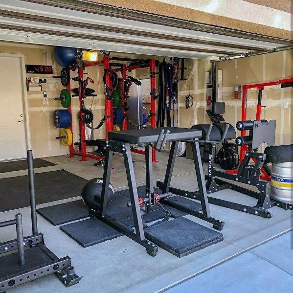 Fitness Equipment Ideas Gym In Garage Of Home Fitnesstraining Gym Room At Home At Home Gym Garage Gym