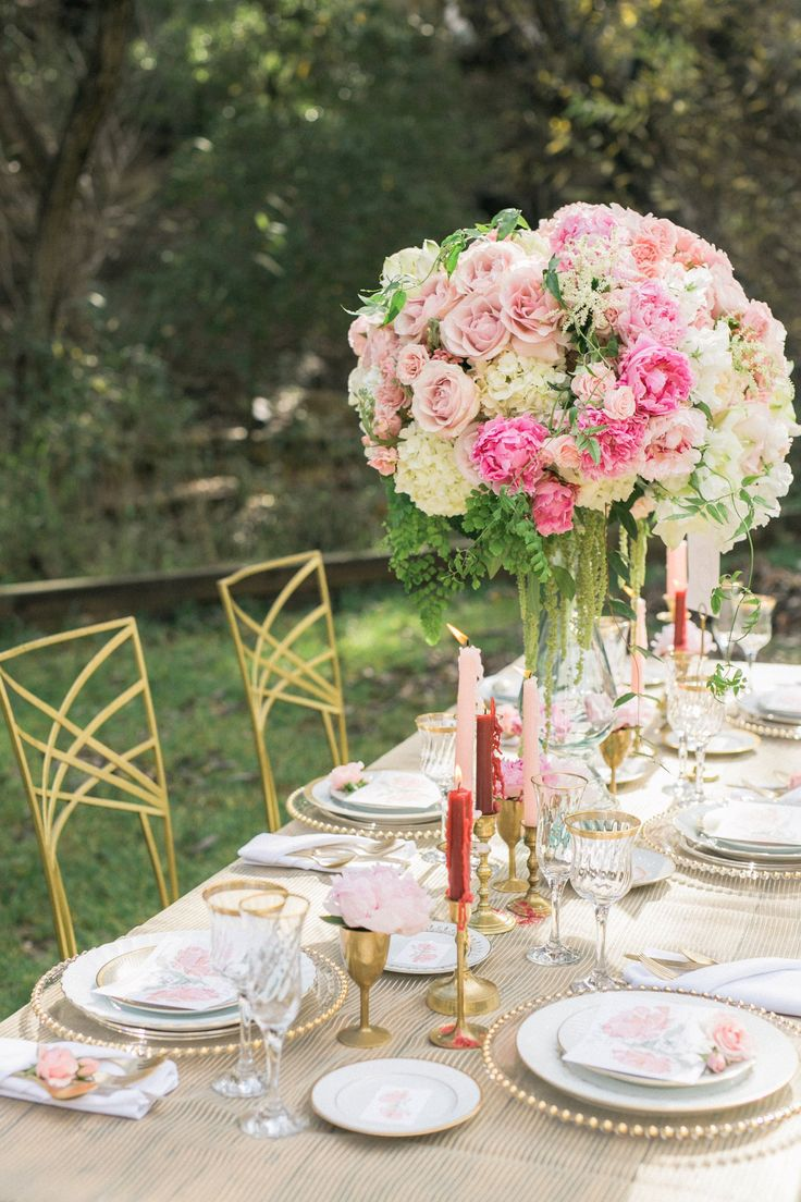 Table spring wedding tablescapes - Spring Wedding Inspiration