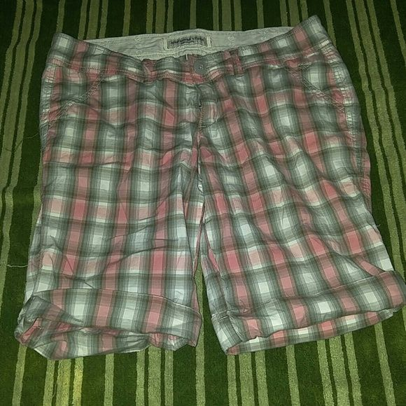 Sale! Never worn Abercrombie and Fitch shorts Never worn Abercrombie and Fitch shorts. Size 4. Bermuda length. Pink, gray and white plaid. I will bundle, just ask! Trade value 30 Abercrombie & Fitch Shorts