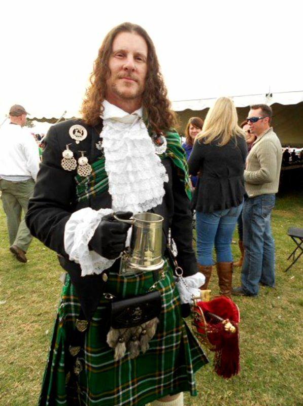 scottish men in kilts