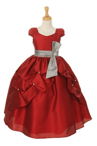 Cute little girls dress for the holidays