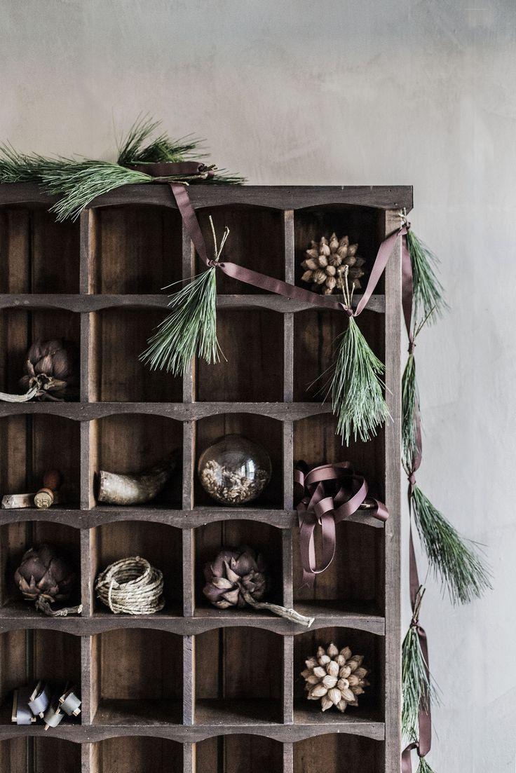 Make Pine Cone Garland | mari strenghielm at willowday