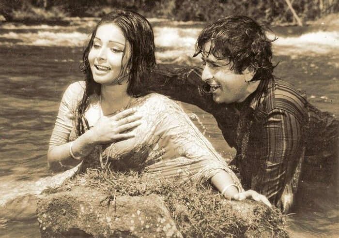 Rakhee & Shashi - JANWAR AUR INSAAN (1972) / Photoshoot
