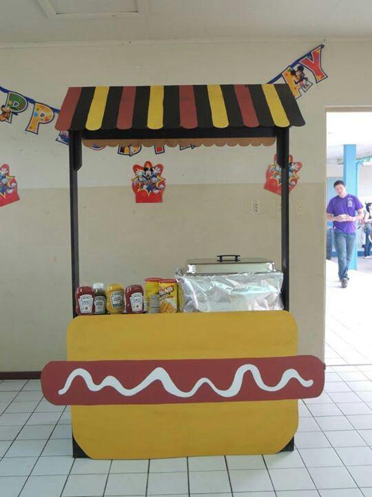 Mickey mouse clubhouse hotdog hotdog hot diggity dog hotdogstand