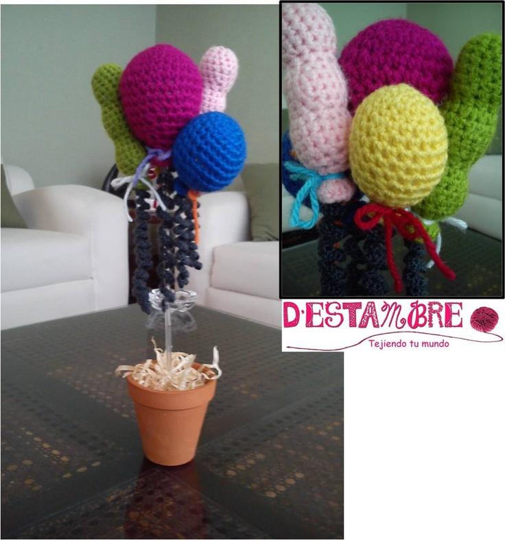 CENTRO DE MESA GLOBOS Colores: a tu elección Tamaño globos y maceta: a tu elección Ideal para Baby Showers y fiestas de cumpleaños.