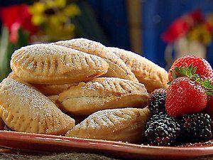 Berry EmpanadasEmpanadas Recipe, Strawberries Empanadas, Hands Pies, Food Network Recipes, Blackberries Recipe, Parties Desserts, Sweets Tooth, Blackberries Desserts, Texas Blackberries