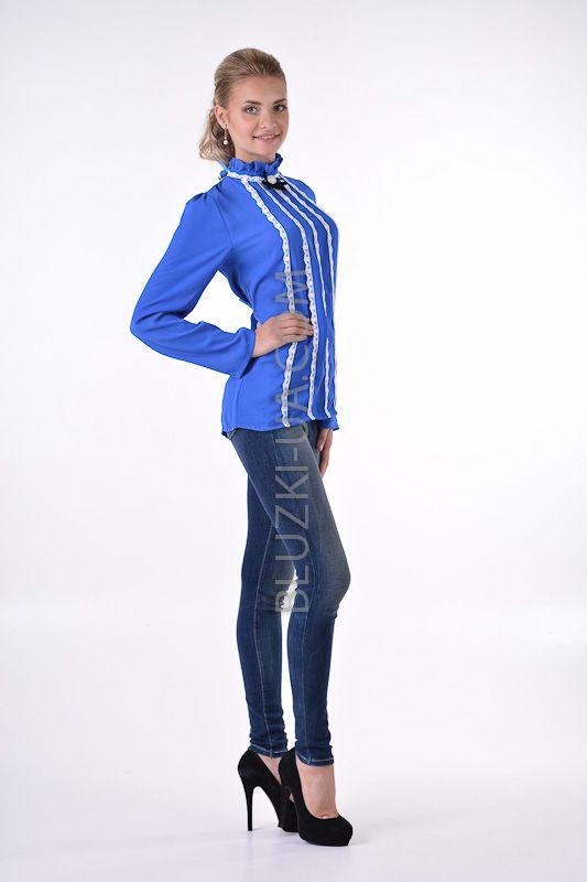 Синяя винтажная блузка с воротником-стойкой кружевом и брошью, купить онлайн. Интернет-магазин БЛУЗКИ UA, Украина - женская одежда и женские блузы.